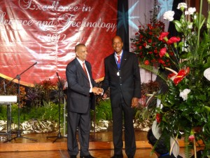 Dr. Prevatt receiving his NIHERST Silver medal for Science and Technology, Port-of-Spain, Trinidad